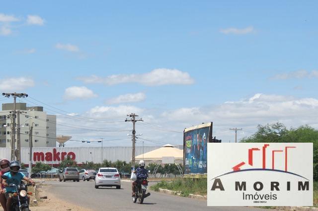 Resultado de imagem para Avenida Clementino Coelho em petrolina